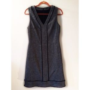 Banana Republic Dress V Neck Sleeveless Wool